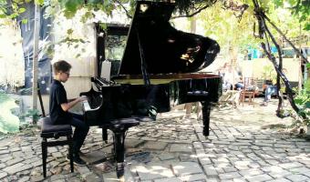 Recital in aer liber - Gradina Sticlarilor