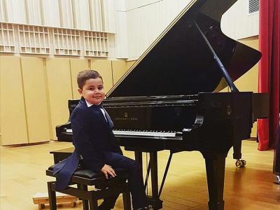 Marele Premiu pentru Alexandru Sandulache la Concursul Pro Piano - Muzica Romaneasca